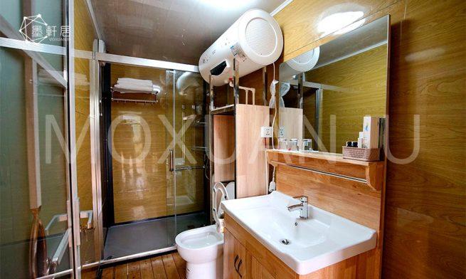 Luxury Safari Tents bathroom