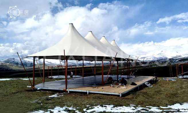 Two peak Safari Lodge tent