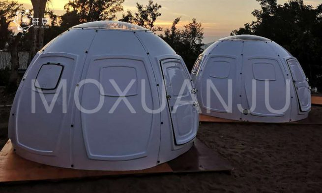 outdoors Glass Geodesic Dome Hotel
