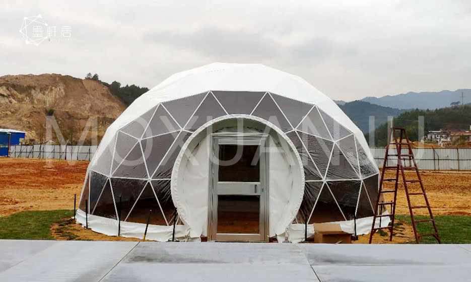 Geodesic dome tent hotel