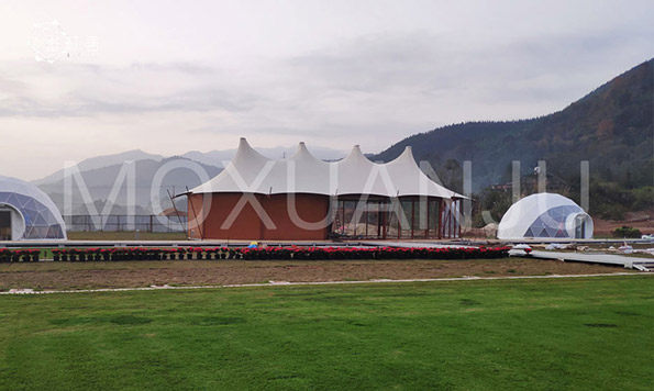What is Glamping Tent Mean
