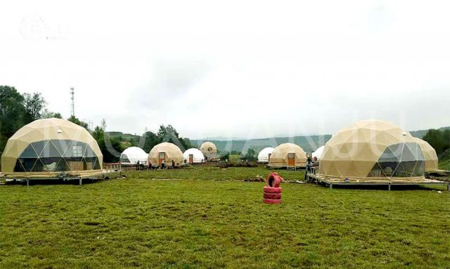 outdoors Glamping Dome Resort