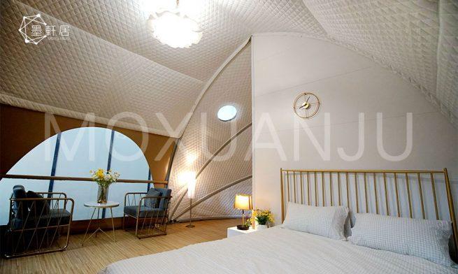 Outdoor Luxury Glamping Tent Resort Room